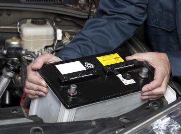 Vai comprar uma bateria para o carro: Veja estas dicas